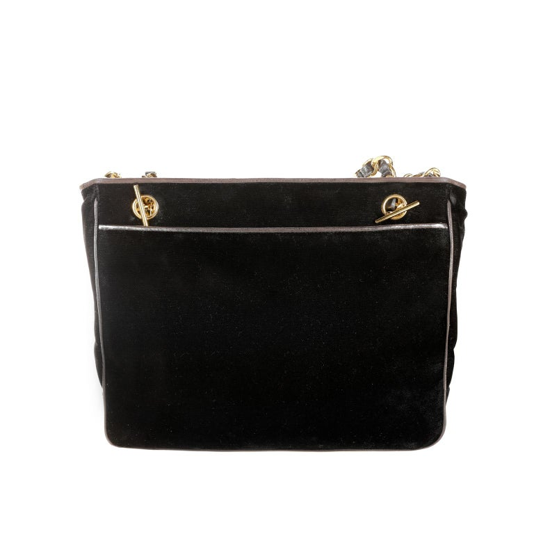 Women's Chanel Black Velvet CC Vintage Tote For Sale