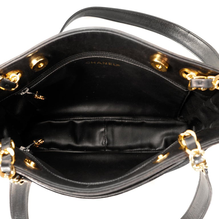 Chanel Black Velvet CC Vintage Tote For Sale 3