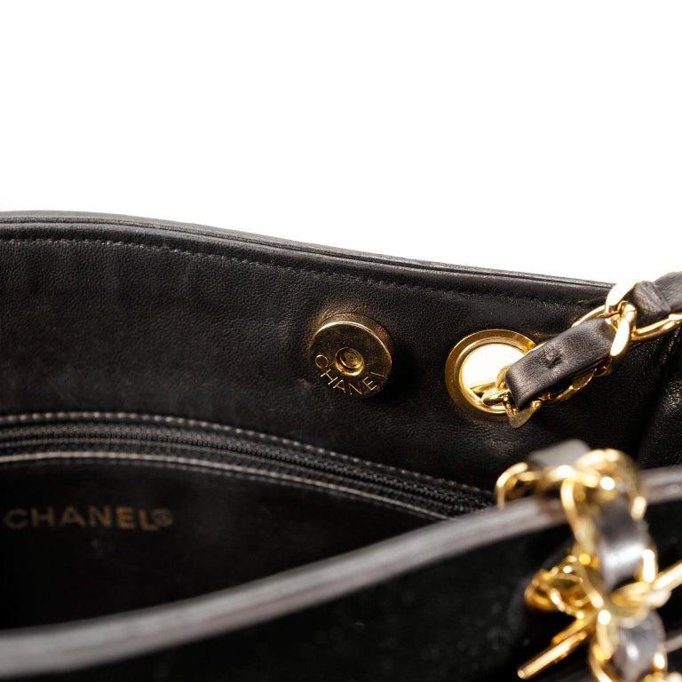 Chanel Black Velvet CC Vintage Tote For Sale 5