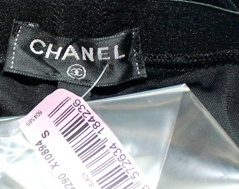 Chanel Black Velvet Crystal Logo CC Leggings Pants with Coco Chanel Waistband For Sale 3