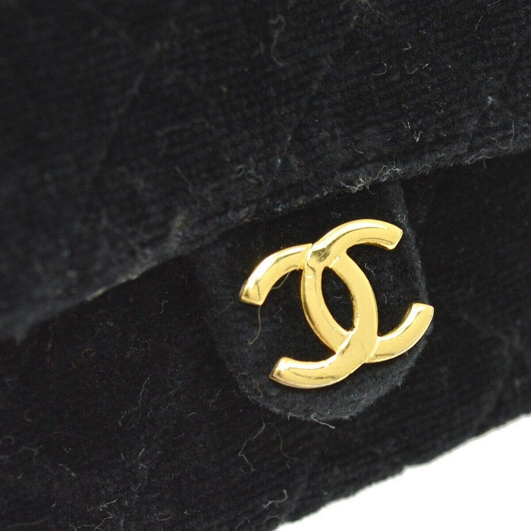 Chanel Black Velvet Gold Small Micro Mini Party Crossbody Shoulder Flap Bag In Good Condition For Sale In Chicago, IL