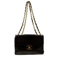 Chanel Black Vertical Quilted Leather Jumbo Vintage Classic Single Flap Bag
