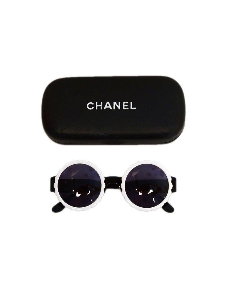 Chanel Black/White Acetate Scalloped Round Sunglasses For Sale 5