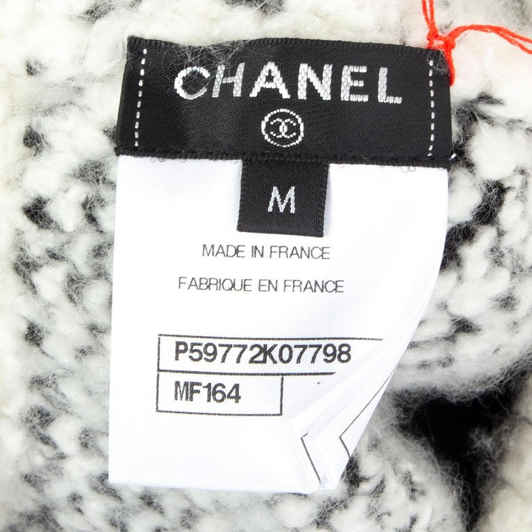 Women's CHANEL black & white cashmere blend KNIT BERET Hat M For Sale