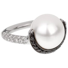 Chanel Black White Diamond Pearl Platinum Ring