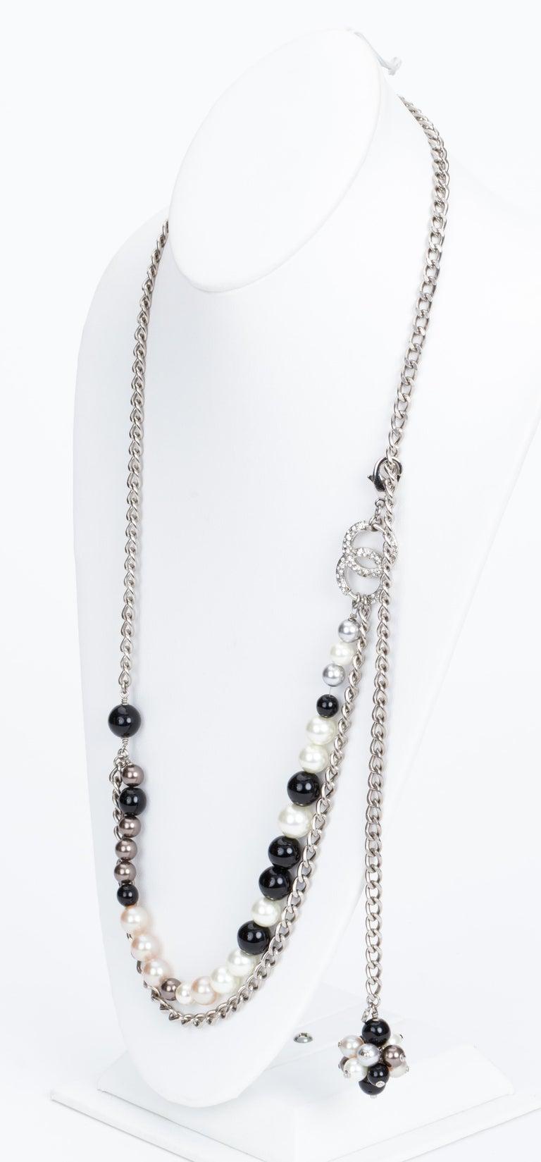 Chanel Black & White Pearl Necklace Belt 2
