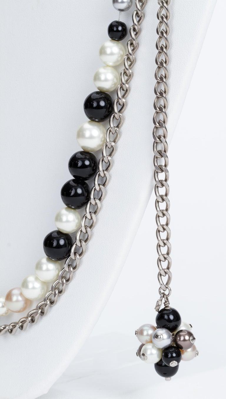 Chanel Black & White Pearl Necklace Belt 3