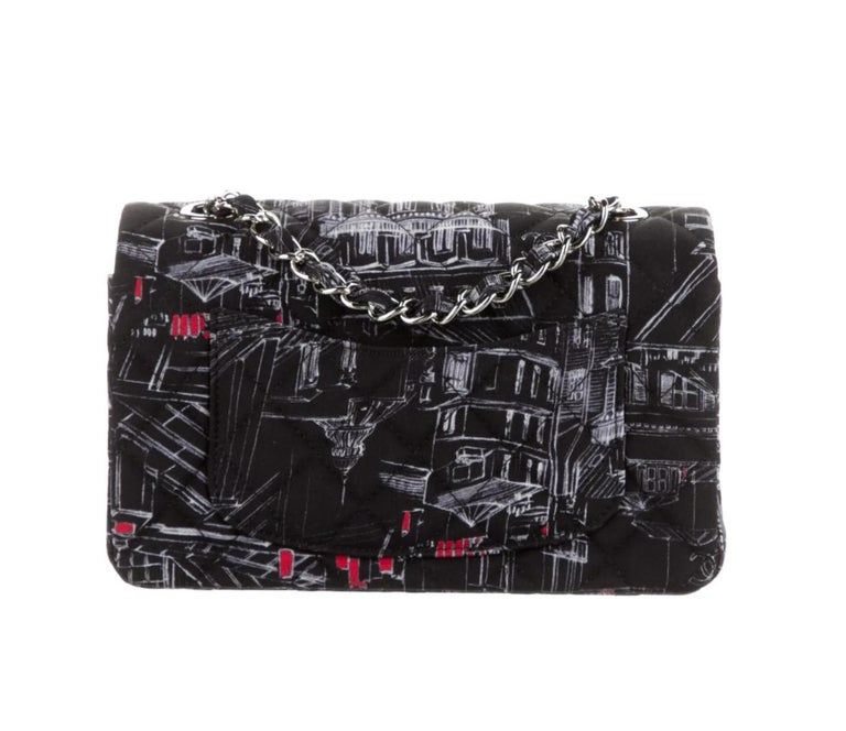 Chanel Black White Red Fabric Silver Small Mini Evening Shoulder Flap Bag  In Good Condition For Sale In Chicago, IL