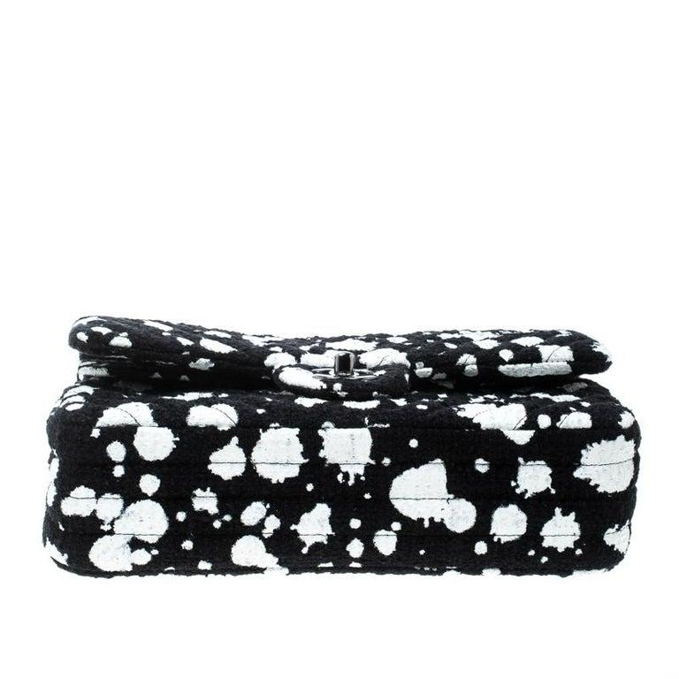 b22c77ba437c Chanel Black/White Splatter Paint Tweed Medium Classic Double Flap Bag For  Sale 5