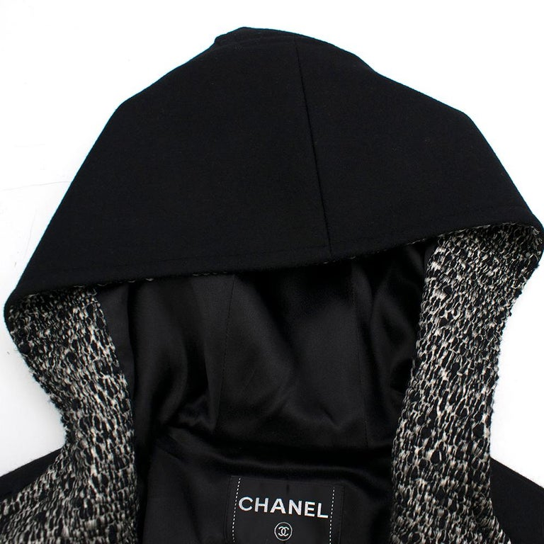 Chanel Black & White Tweed Knit Wool Blend Hooded Coat 46 For Sale 2