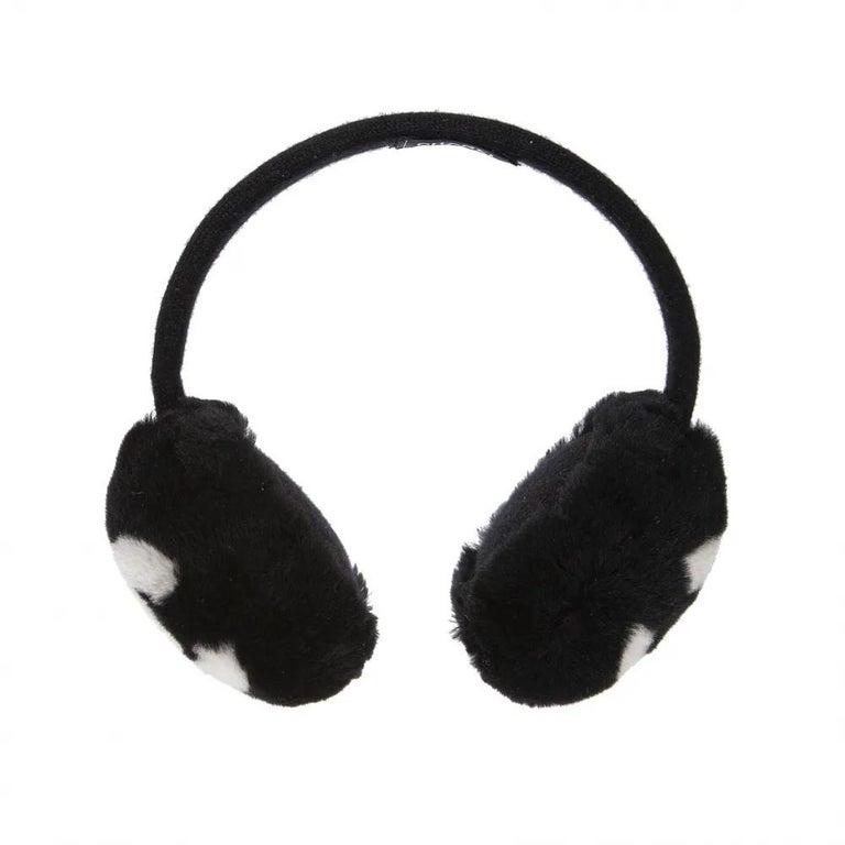 Chanel Black with white CC logo earmuffs  In Excellent Condition For Sale In Capri, IT