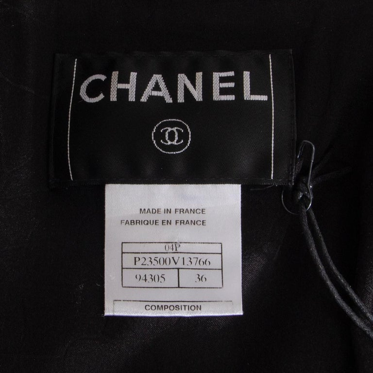 CHANEL black wool & silk THREE BUTTON Blazer Jacket 36 XS For Sale 1