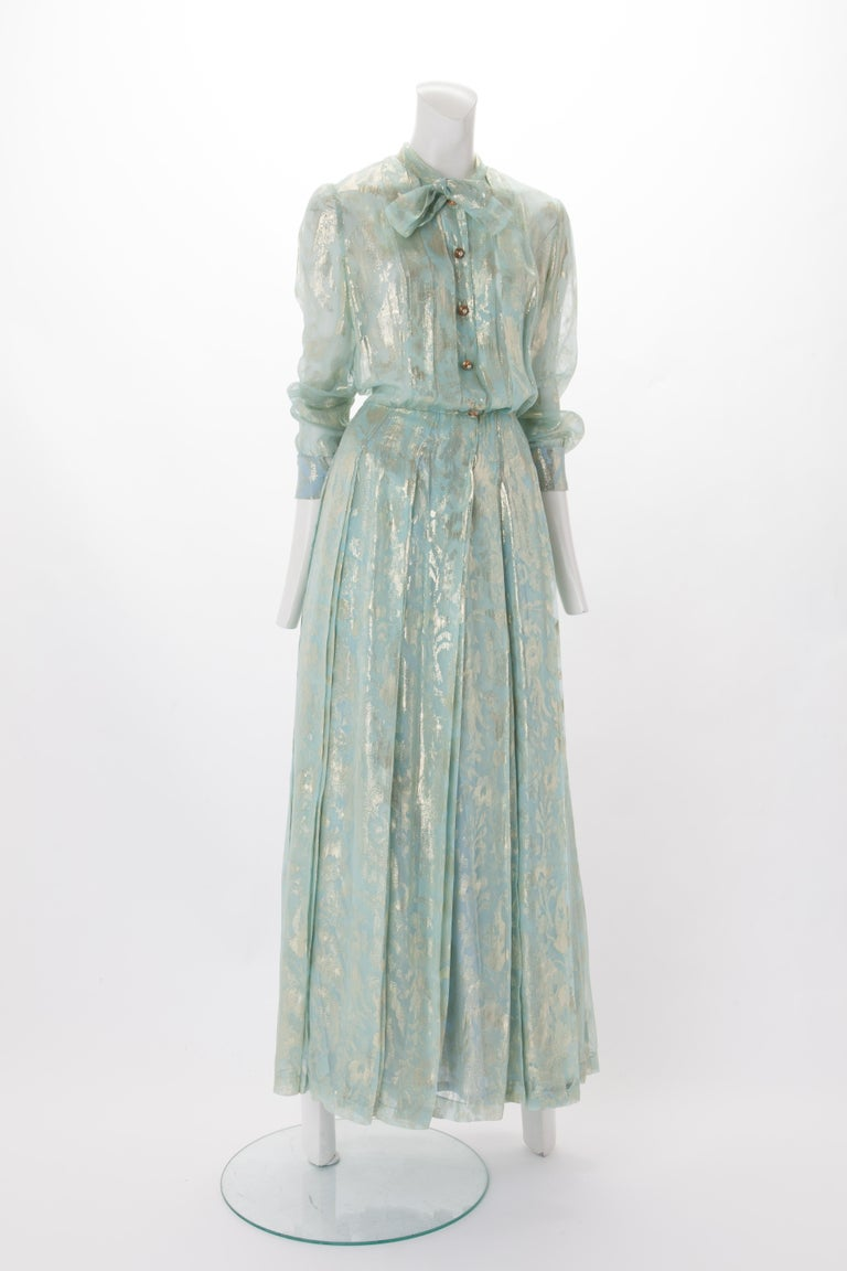 Chanel Blue and Gold Silk Lamé Dress with Self-Tie at Neck, c.1980s. In Fair Condition In New York, NY