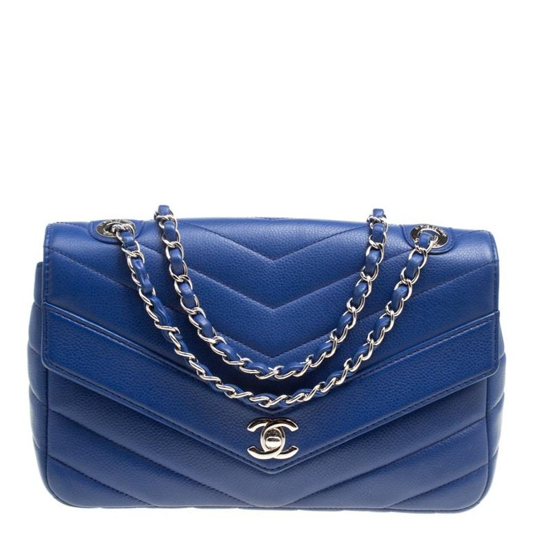 24edd705bb35 Chanel Blue Chevron Quilted Leather Medium Classic Flap Bag For Sale ...