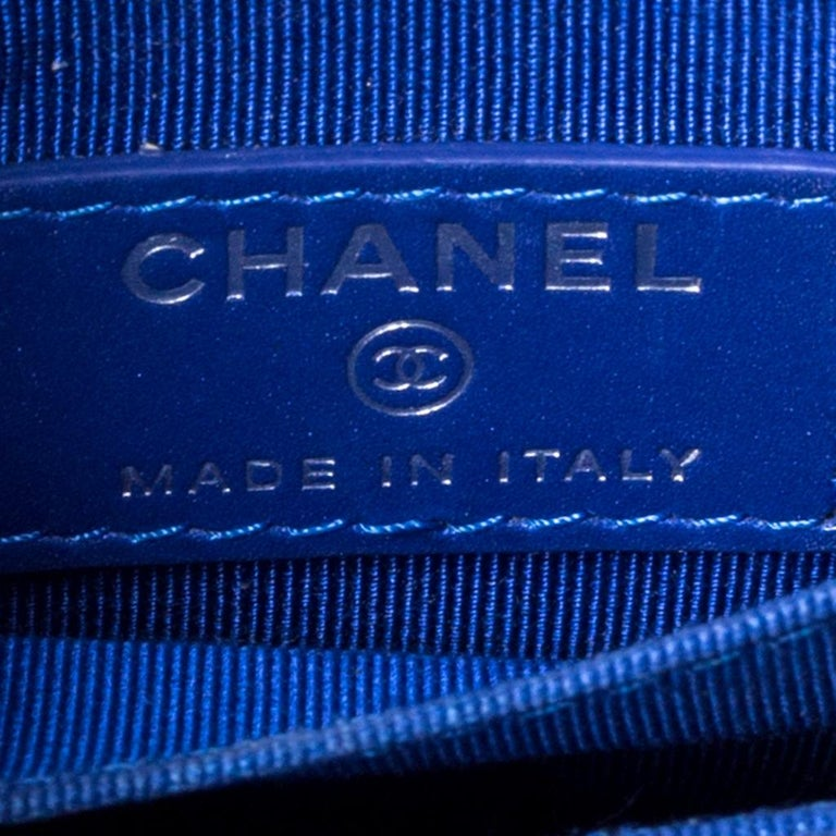 Chanel Blue Quilted Leather Crossbody Phone Holder For Sale 7