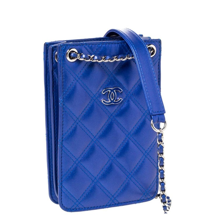 Women's Chanel Blue Quilted Leather Crossbody Phone Holder For Sale