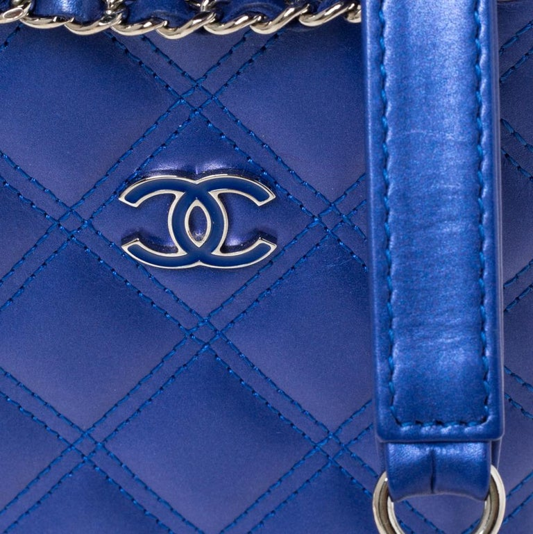 Chanel Blue Quilted Leather Crossbody Phone Holder For Sale 5