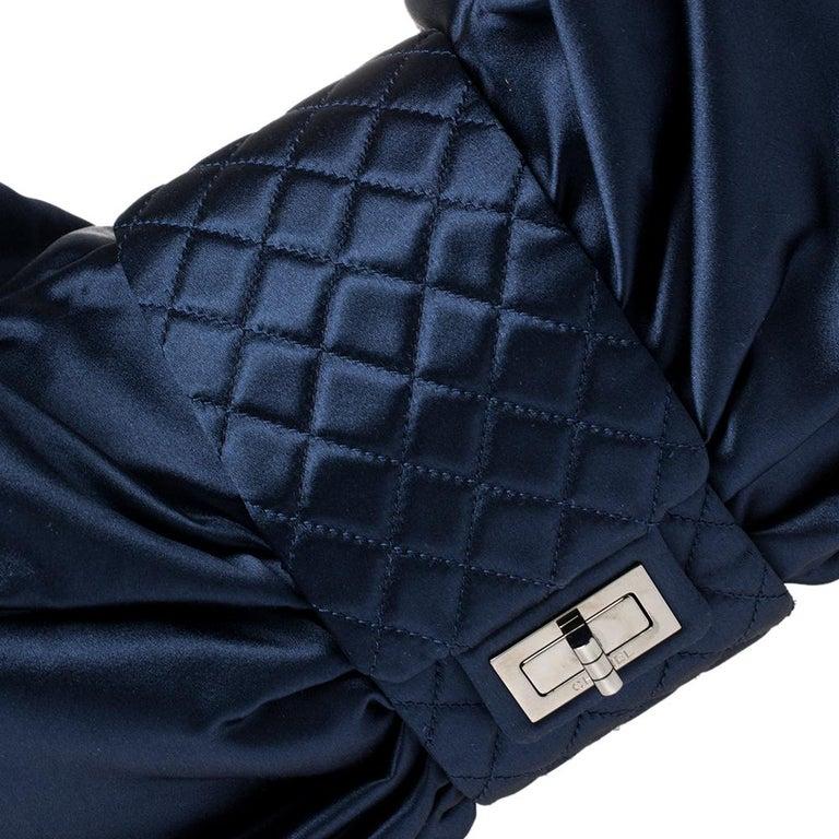 Chanel Blue Satin 2.55 Reissue Ribbon Shoulder Bag For Sale 6