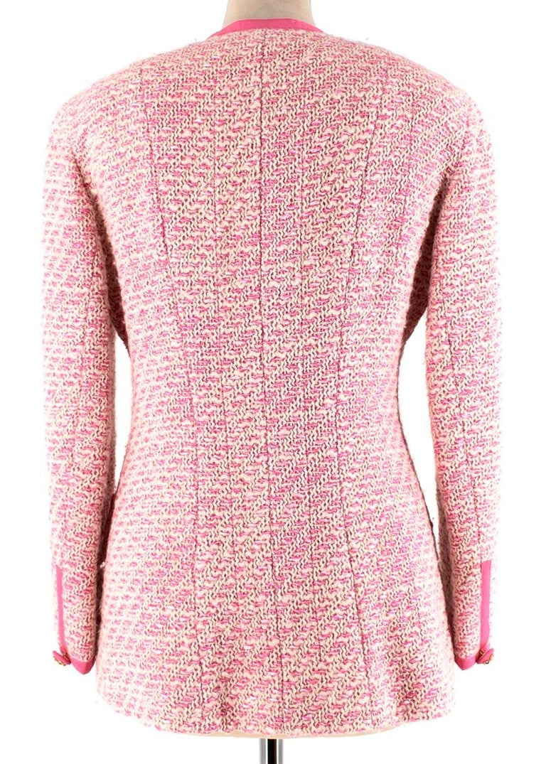 Chanel Boutique Classic Pink & Yellow Tweed Tailored Jacket - Size US6 In Excellent Condition For Sale In London, GB