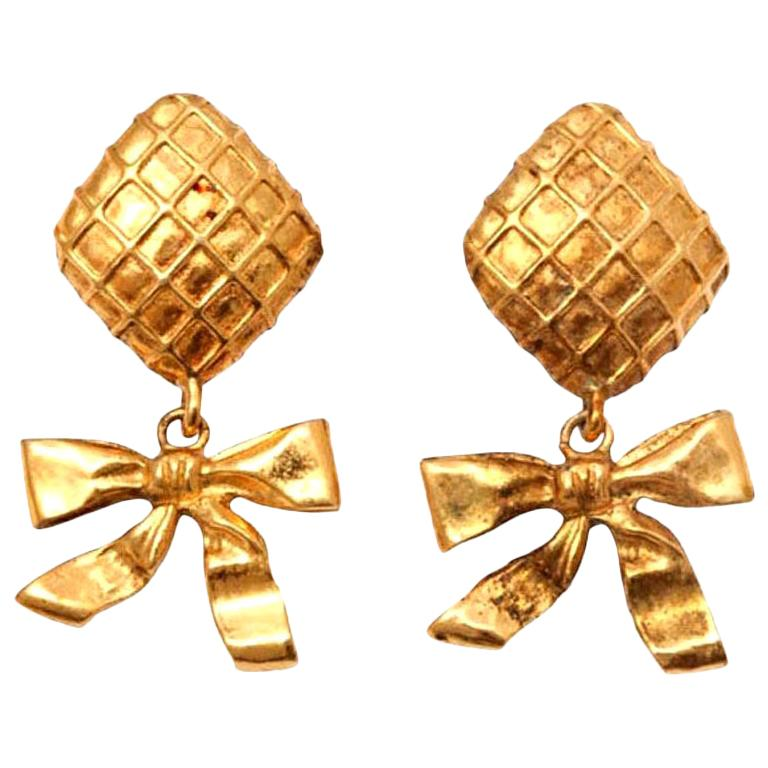 Chanel Bow Dangling Earrings For Sale