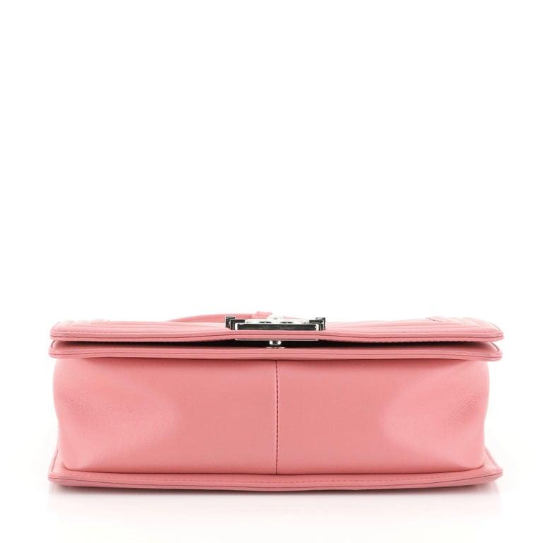 Chanel Boy Flap Bag Chevron Calfskin Old Medium For Sale 1