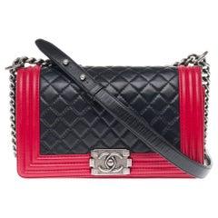 Chanel Boy Old medium(25cm) handbag in Black & Red quilted  leather, SHW !