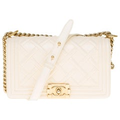 Chanel Boy Paris/Edinburgh handbag in ivory embossed leather, GHW !