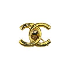 CHANEL Brooch Vintage 1990s