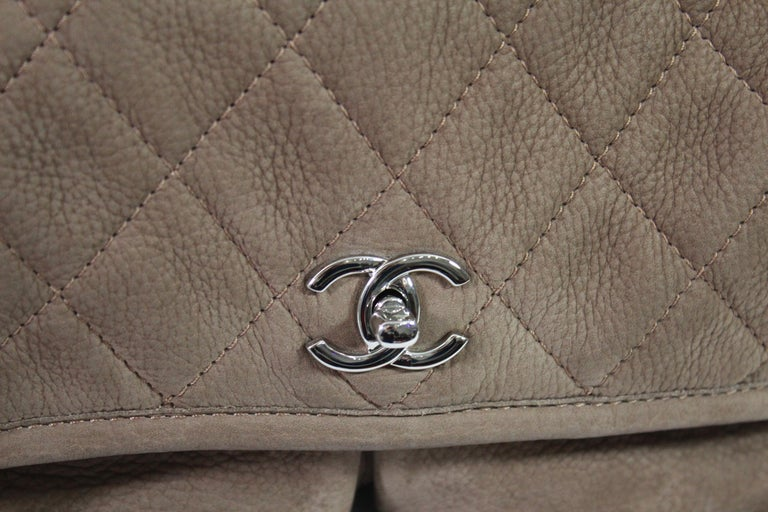 Nice Chanel bag in brown leather and silver hardware. Good condition, no defects hardly use.  Hologram but no card.  Marked