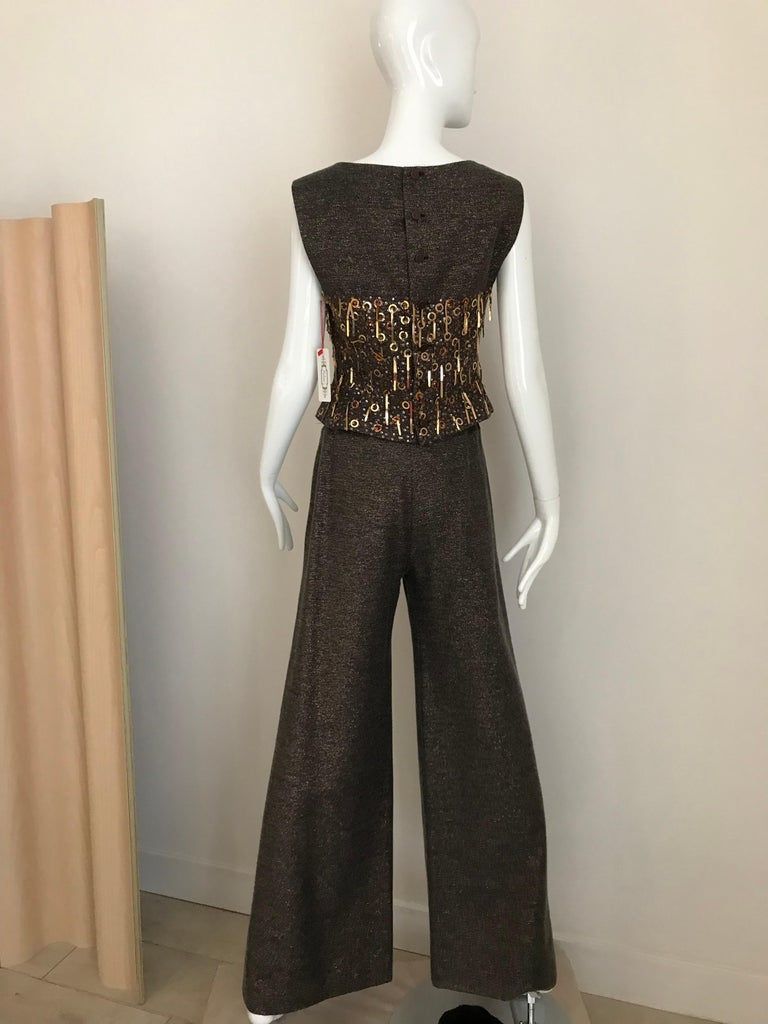 CHANEL Brown Wool Sleeveless Top and Pant Set For Sale 1