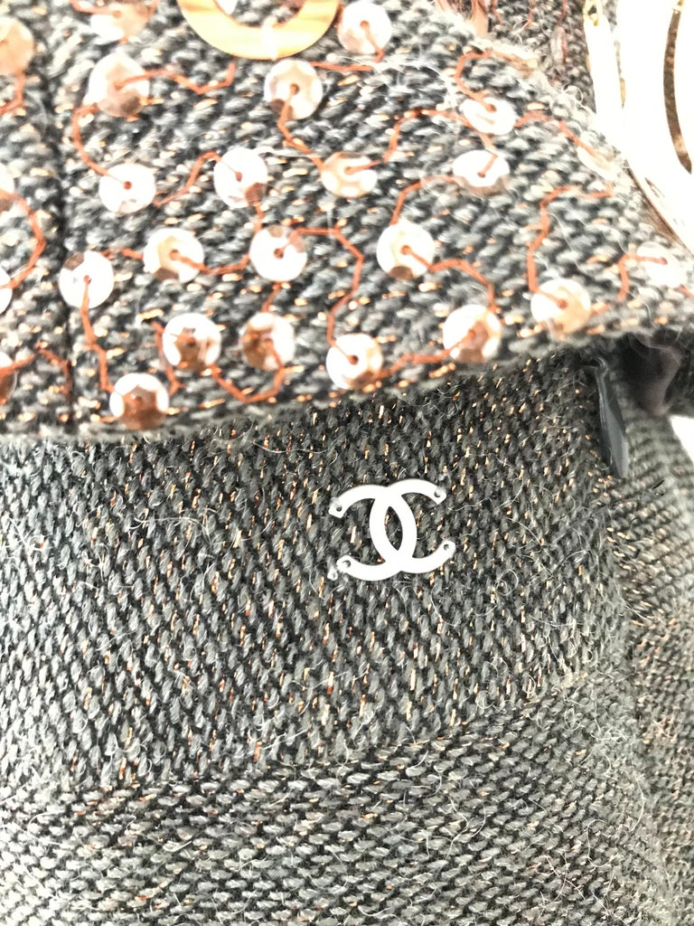 CHANEL Brown Wool Sleeveless Top and Pant Set For Sale 3
