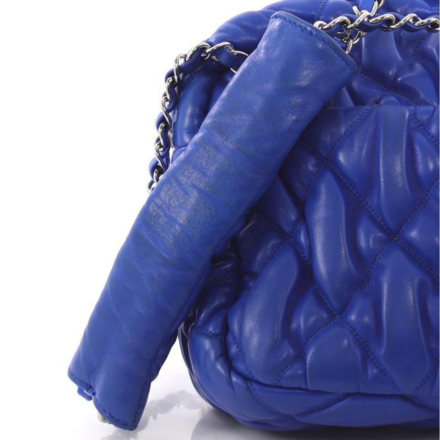 84759c916a69 Chanel Bubble Camera Bag Quilted Lambskin Small For Sale at 1stdibs