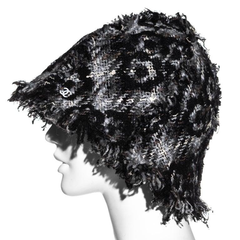 Chanel by Karl Lagerfeld grey wool tweed bucket hat, fw 2005 For Sale 1