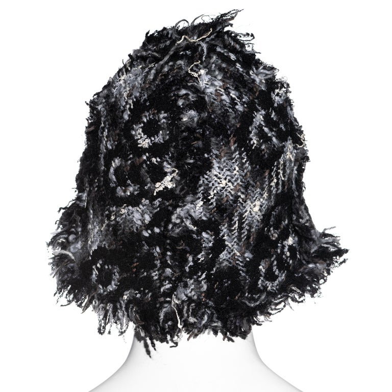 Chanel by Karl Lagerfeld grey wool tweed bucket hat, fw 2005 For Sale 2