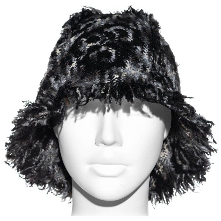 Chanel by Karl Lagerfeld grey wool tweed bucket hat, fw 2005 For Sale
