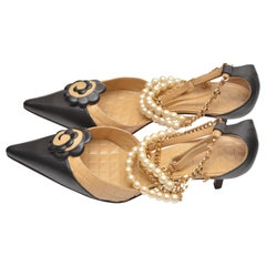 CHANEL by Karl Lagerfeld Kitten Hill Camellia Chain Pearls Shoes  39   Mint