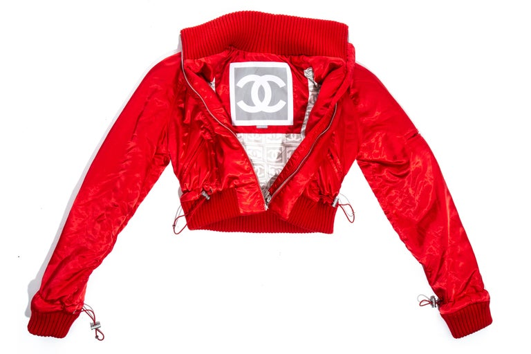 Chanel by Karl Lagerfeld red sport cropped tracksuit, fw 2003 For Sale 8