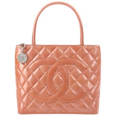 CHANEL c. 2000's Pink Salmon Patent Leather Quilted Medallion Tote Handbag