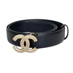 Chanel Calfskin Pearl Crystal Queen of France CC Belt (32/80)