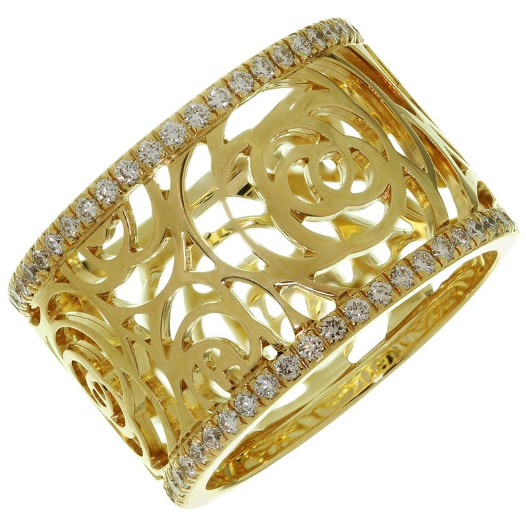 Chanel Camelia Ajoure Rose Diamond Yellow Gold Band Ring For Sale
