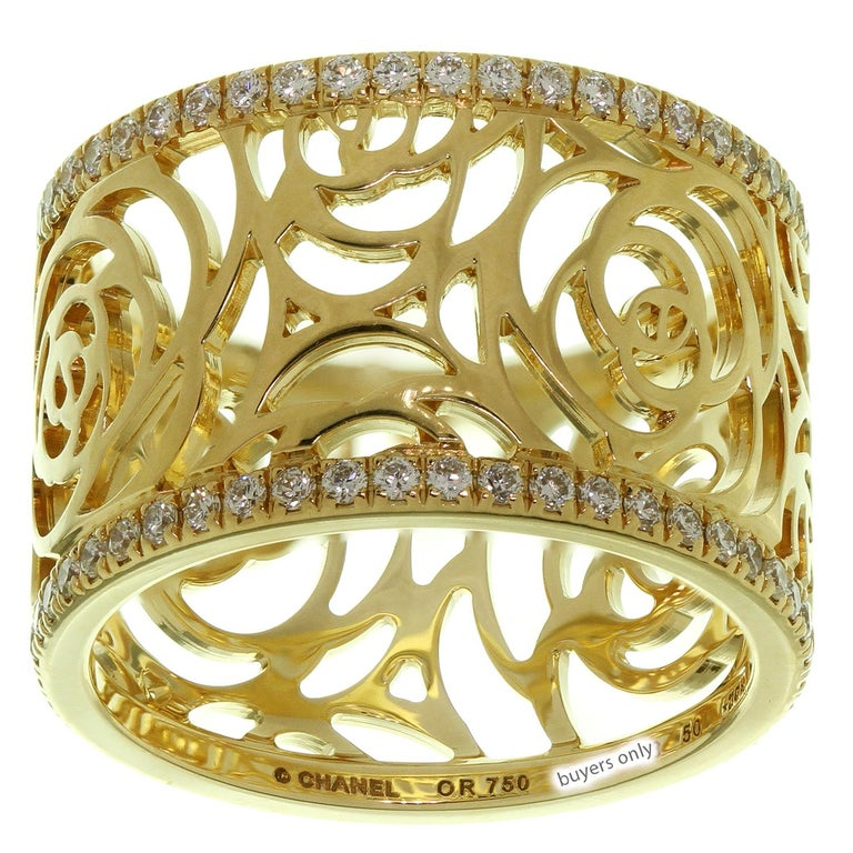 Chanel Camelia Ajoure Rose Diamond Yellow Gold Band Ring In Excellent Condition For Sale In New York, NY