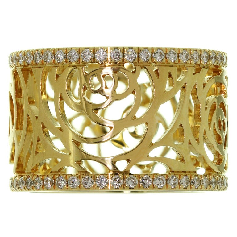 Women's Chanel Camelia Ajoure Rose Diamond Yellow Gold Band Ring For Sale