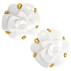 Chanel Camélia Yellow Gold and White Agate Clip-On Earrings