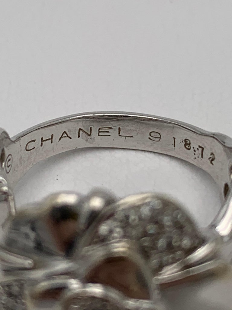 Chanel 'Camillia' White Gold and Diamond Ring In Excellent Condition For Sale In New York, NY