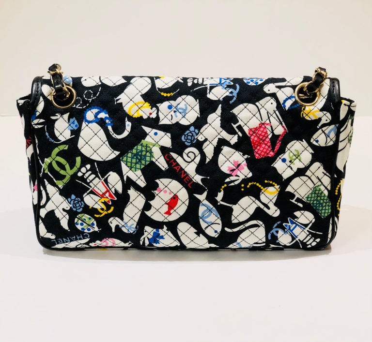 Chanel Printed Canvas Shoulder Bag  In Excellent Condition In Sheung Wan, HK