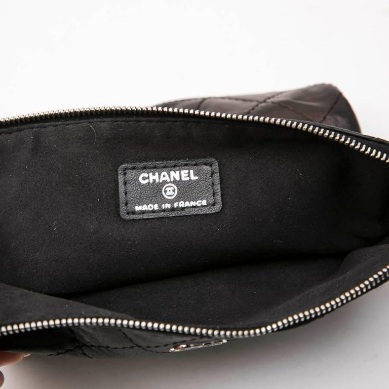 CHANEL Case for iPad in Black Soft Quilted Lambskin Leather For Sale 7
