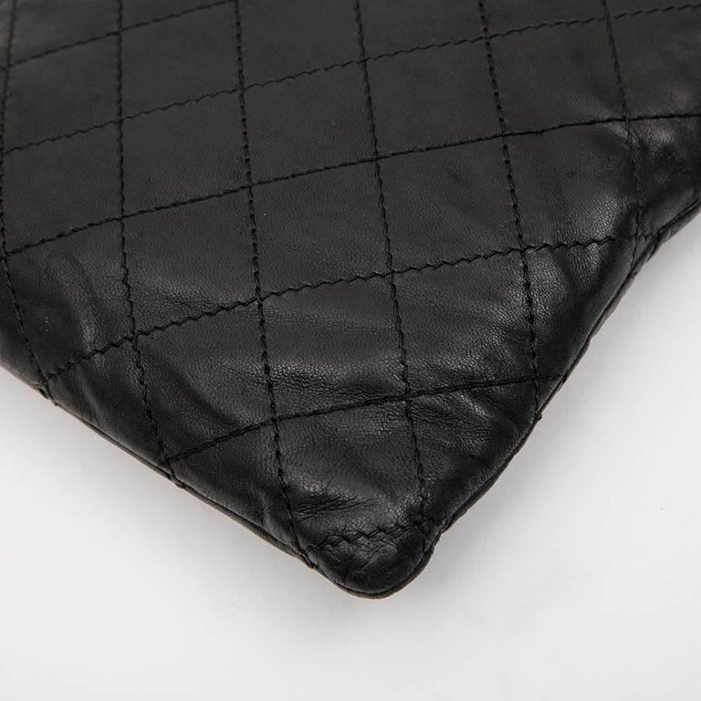 CHANEL Case for iPad in Black Soft Quilted Lambskin Leather For Sale 3