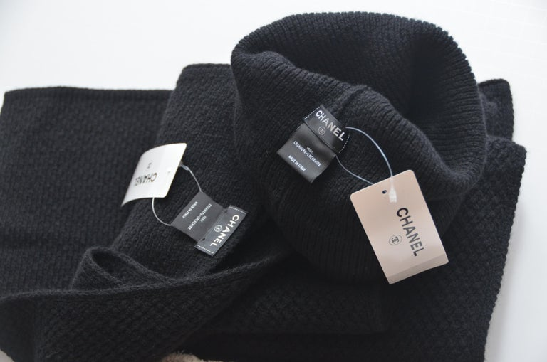 CHANEL Cashmere Hat & Scarf Shawl   New With Tags In New Condition For Sale In New York, NY