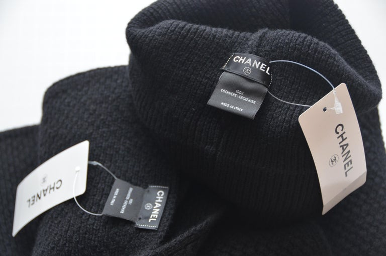 Women's or Men's CHANEL Cashmere Hat & Scarf Shawl   New With Tags For Sale