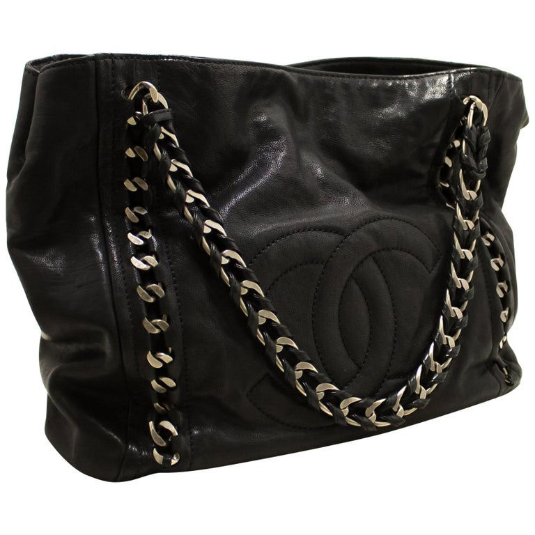 c12662960f55bd CHANEL Caviar Chain Shoulder Bag Leather Black Silver Tote Large For Sale